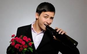 Парень с цветами и вином